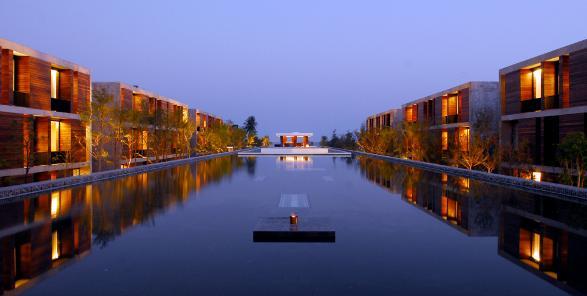 HDLP HH Reflection Pool - 3